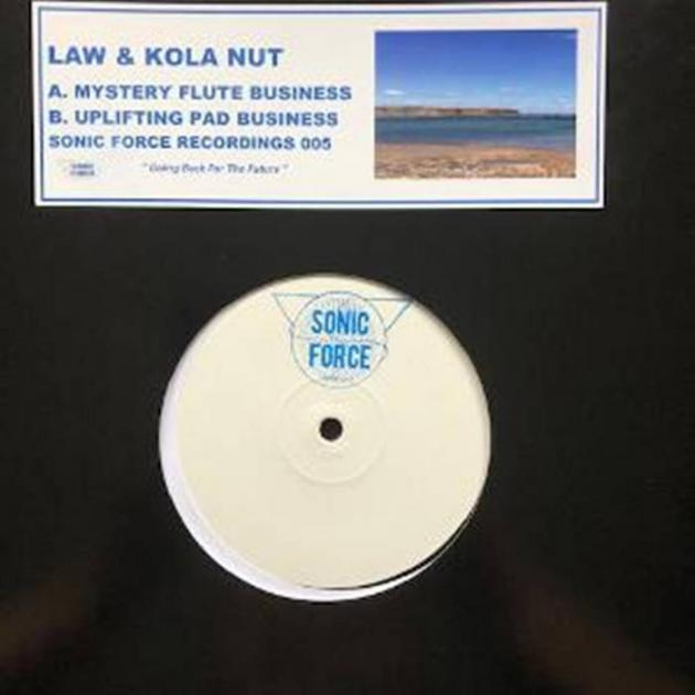 Law & Kola Nut - Mystery Flute Business / Uplifting Pad Business